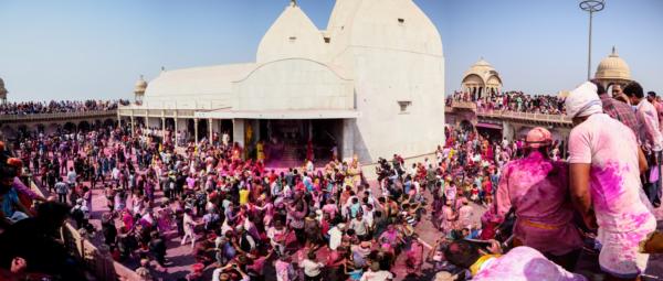 Viaje fotográfico festival holi, india. Photoplanet Viajes Fotográficos. diversión holi