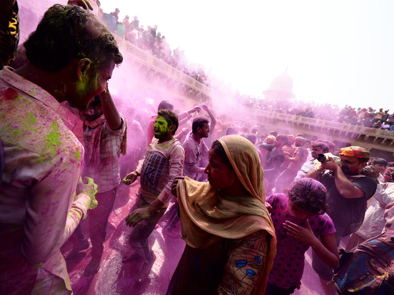 Viaje fotográfico festival holi, india. Photoplanet Viajes Fotográficos. color holi